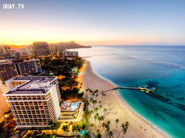 1. Biển Waikiki,bãi biển,trên ảnh và thực tế