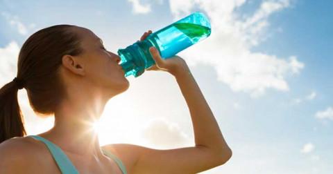 5 lợi ích khoa học của việc luôn trữ Nước trong cơ thể
