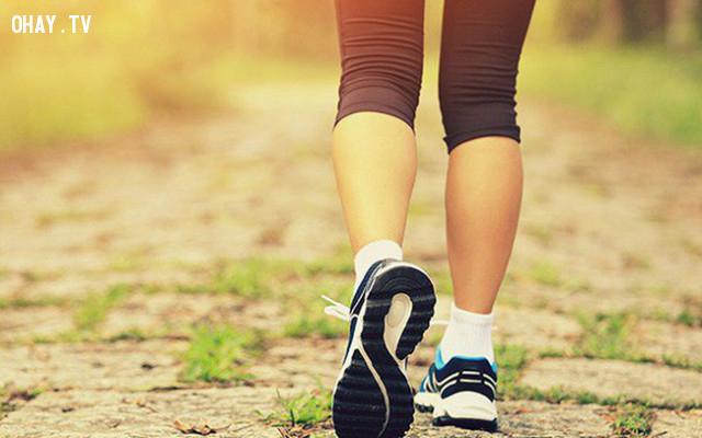 Dễ dàng trao đổi chất trong cơ thể,đi bộ mỗi ngày