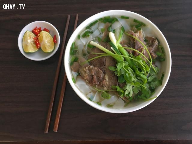 1. Phở,du lịch Hà Nội,ăn gì Hà Nội,ăn sáng