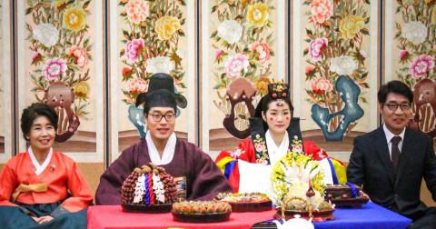 Lười yêu, lười kết hôn - Vấn đề nhức nhối mà xã hội Hàn quốc đang đối mặt