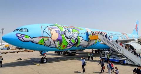 Máy bay theo chủ đề 'Toy Story' - bay vào thế giới của  các nhân vật hoạt hình cổ điển Disney