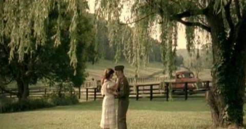 [Music Video] Whiskey Lullaby - Khúc hát ru cho một chuyện tình