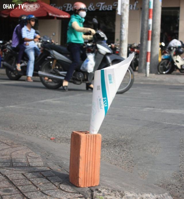 Biểu tượng của Petrolimex Việt Nam :))