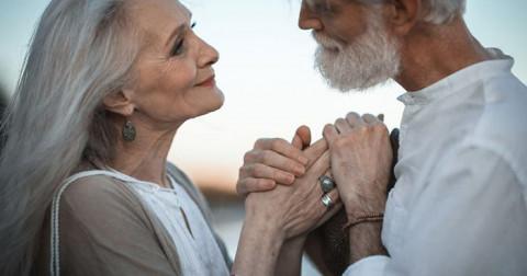Những dấu hiệu cho thấy bạn nên bắt chàng về làm chồng