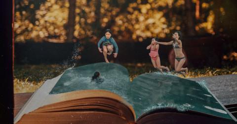 23 bức ảnh sáng tạo miêu tả cách mà những cuốn sách đưa chúng ta vào các cuộc phiêu lưu