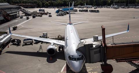 7 vật dụng tưởng không thể nhưng bạn có thể mang lên máy bay