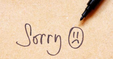 10 hành vi không bao giờ nên nói lời xin lỗi