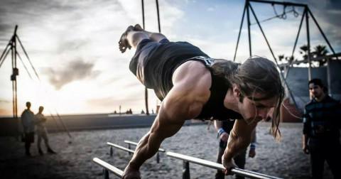 Tìm hiểu bộ môn Street Workout, lợi thế của việc tập luyện Street Workout so với tập Gym là gì?