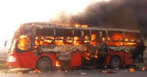 Thoát hiểm khi xe bị cháy