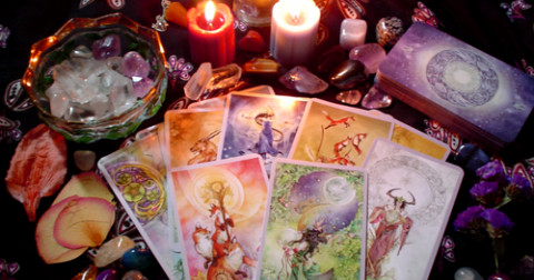 11 lá bài tarot không tốt trong trải bài tình yêu