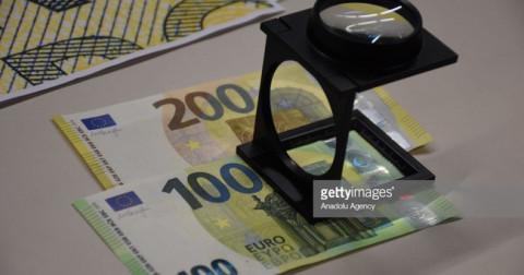 ECB công bố mẫu tiền 100, 200 Euro mới