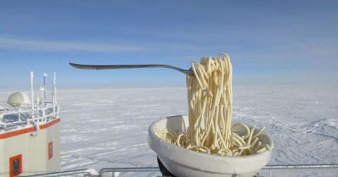 Chuyện gì xảy ra khi nấu ăn ở Nam Cực trong thời tiết -70ºC?