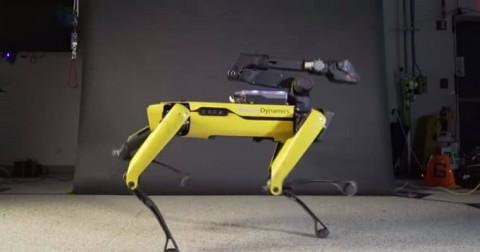 Robot nhảy múa điêu luyện được trình làng từ hãng Boston Dynamics đang gây sốt cộng đồng mạng