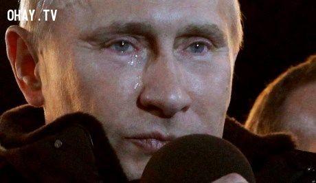 ,bật khóc,nhà lãnh đạo,nhà chính trị,chính trị gia